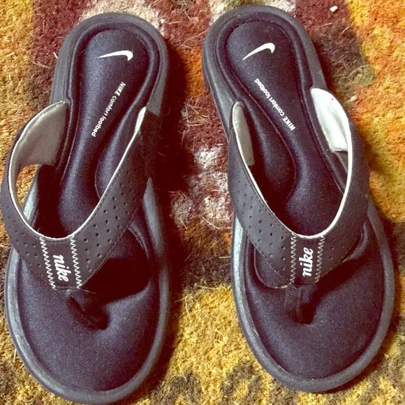 Nike 6 Poshmark Size Cushion ShoesSandals Gel With fyb76g